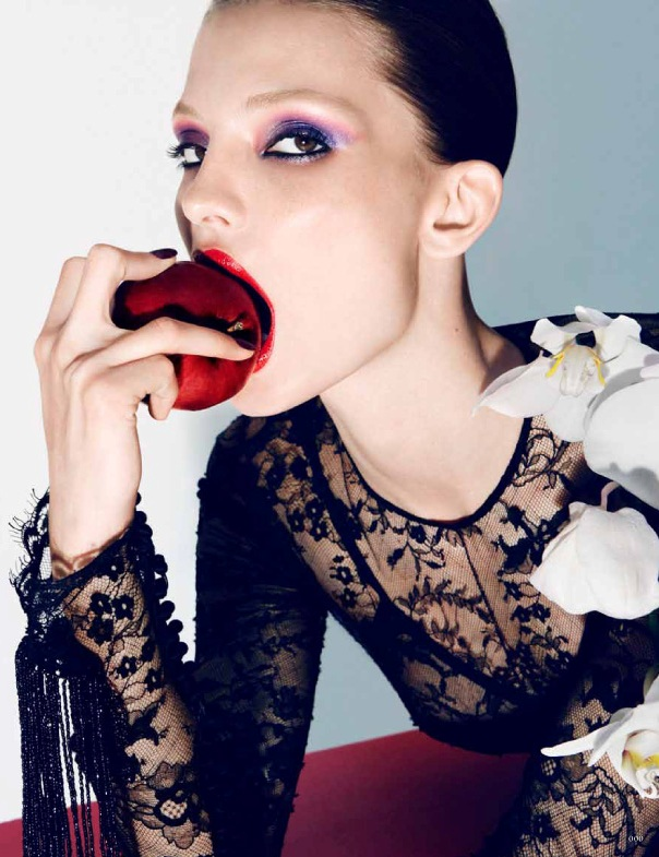 Carola Remer in head to toe TOM FORD for Vogue Germany, September 2011 0911 cl 005 Tom Ford2 1