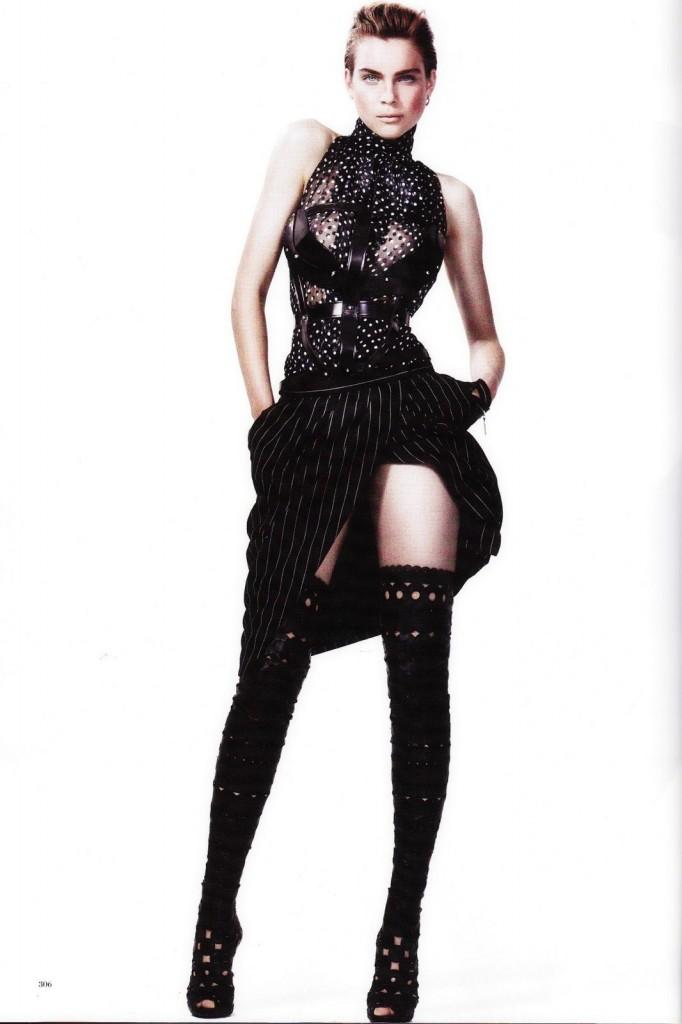 Kim Noorda wears TOM FORD for Harpers Bazaar Australia, September 2011 kn11 682x1024