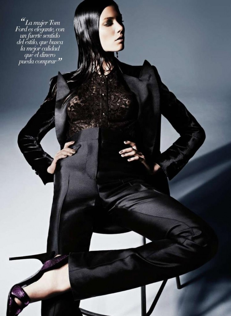 Sheila Marquez wears TOM FORD for Harpers Bazaar Spain 64965 800w 750x1024