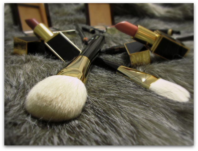 TOM FORD Beauty Teaser: Eye Quads, Blush, Brushes & More brushes close