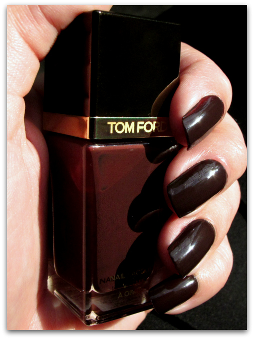 TOM FORD Beauty: Bitter Bitch Nail Lacquer Review & Swatches realcolor bitterbitch