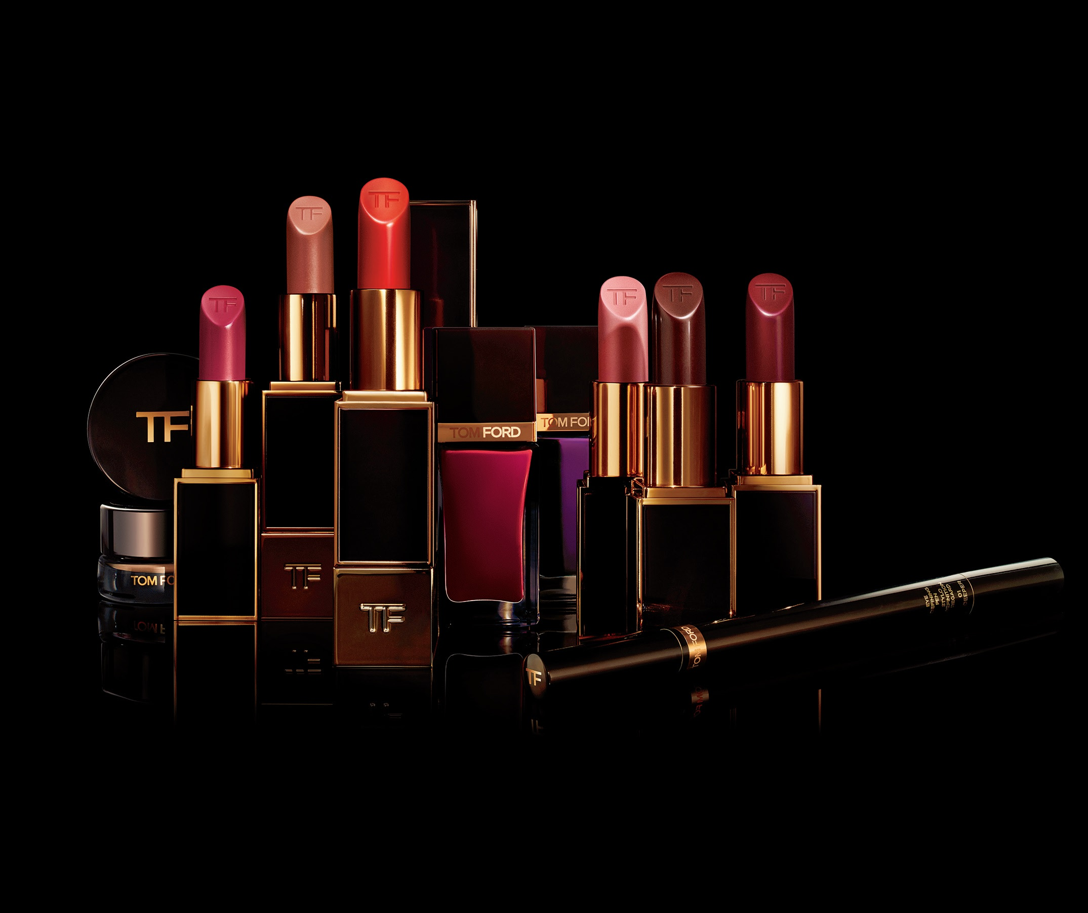 BUY IT NOW: TOM FORD MATTE LIP COLOR COLLECTION featured image