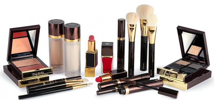 THE ULTIMATE HOLIDAY GIFT: TOM FORD BEAUTY TROUSSEAU 450 3001058 TFONLINE 001 ALT01 e1414080862472 725x341