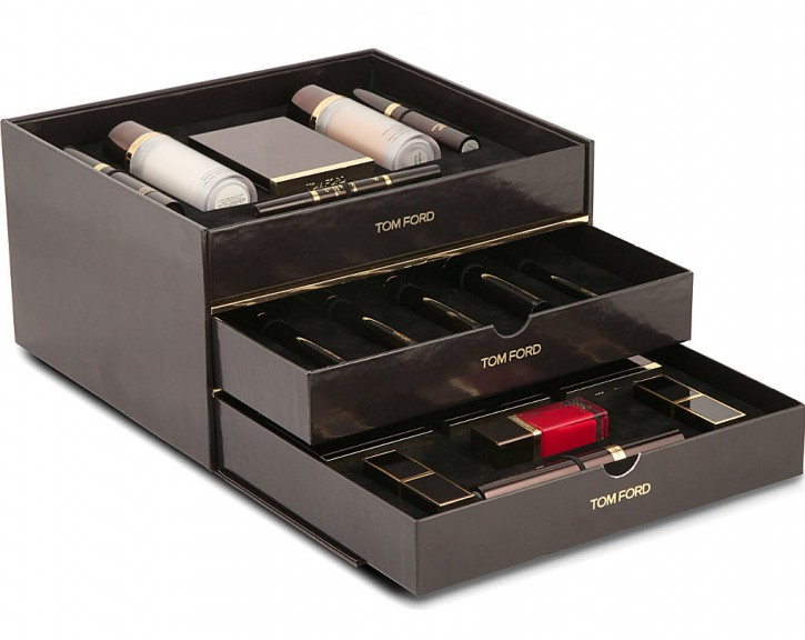 THE ULTIMATE HOLIDAY GIFT: TOM FORD BEAUTY TROUSSEAU 450 3001058 TFONLINE 001 ALT02 e1414079417124 725x576